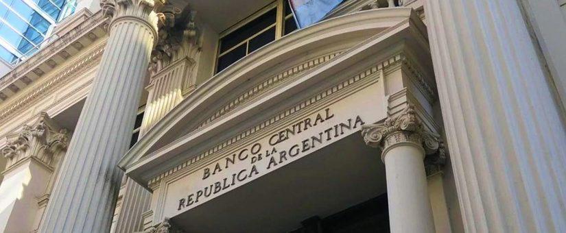 El Banco Central establece la actualización de los servicios financieros